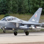 Крошечный самолет с возмутительным количеством вооружения — британцы в восторге от Як-130