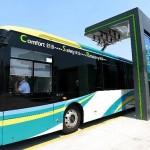 В КНР введены в эксплуатацию первые в мире электробусы, заряжающиеся за 10 секунд