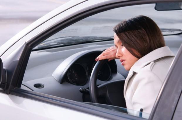 Если в дороге потянуло ко сну, лучше остановиться