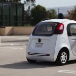 Google работает над беспроводной зарядкой беспилотных автомобилей