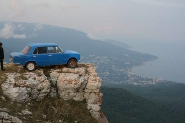 Самые заезженные автомобили продаются в Крыму