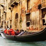 Венецианские гондолы: все, что вы хотели знать о самом романтичном транспорте в мире