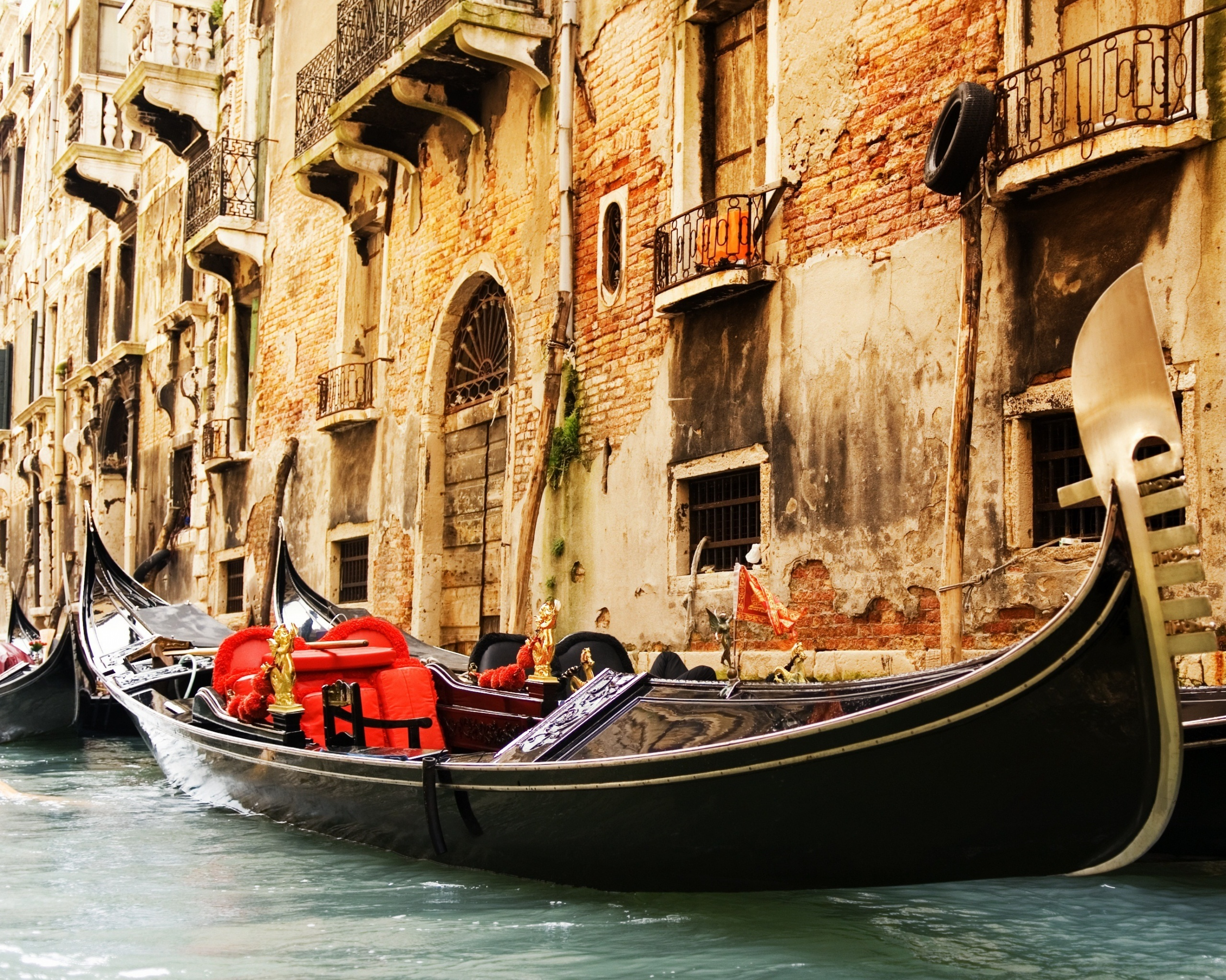 Картинки по запросу венецианские гондолы
