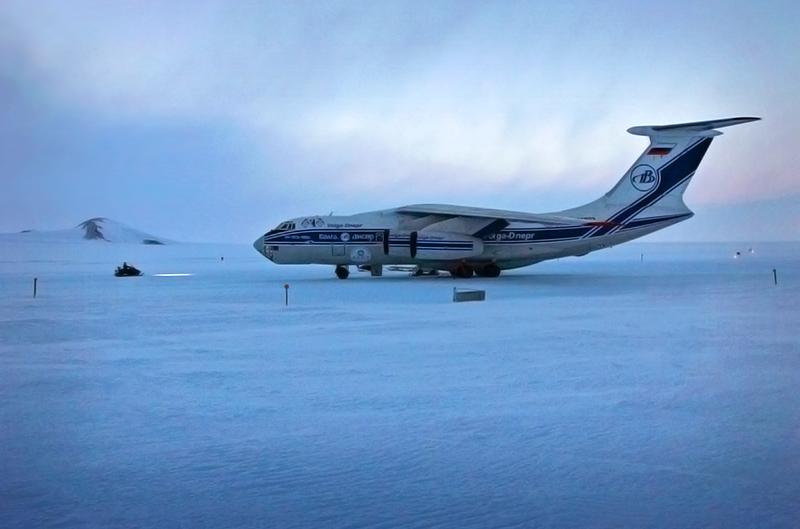 Ил-76ТД-90ВД в Антарктиде