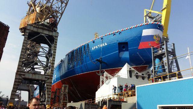 Для успешного развития Арктики необходимо строить новый ледокольный флот