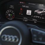 Автомобили уже предсказывают цвет светофора