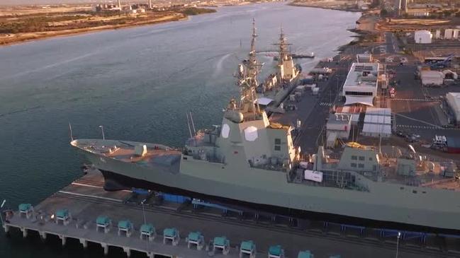 Спуск на воду ракетного эсминца Брисбен класса Хобарт ВМС Австралии