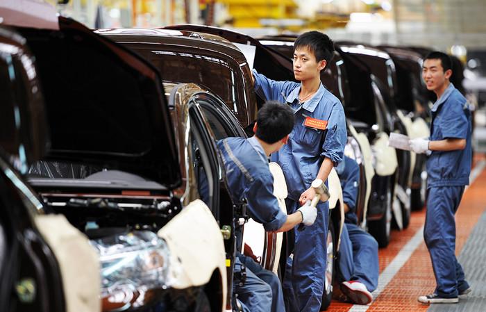 Китай является абсолютным лидером по доле производства легковых авто