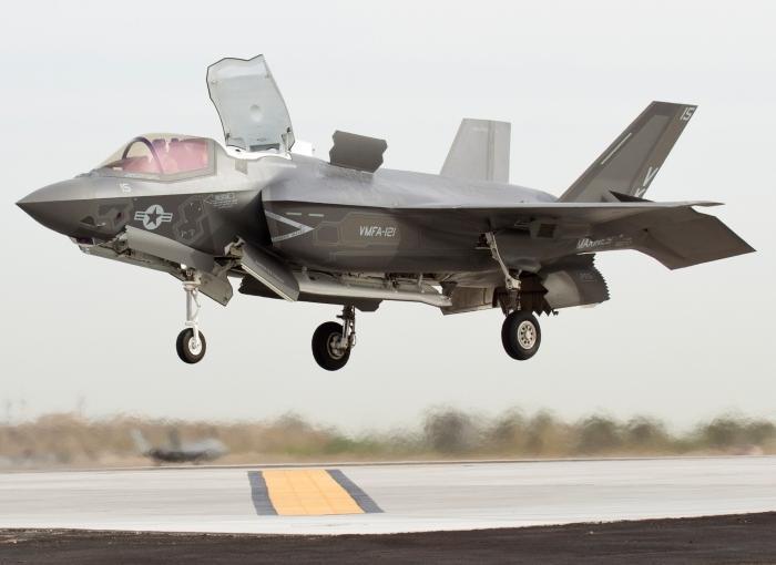 Способность F-35B взлетать и садиться вертикально имеет массу ограничений