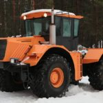 В Троицке выпустили трактор стоимостью 6,2 млн рублей