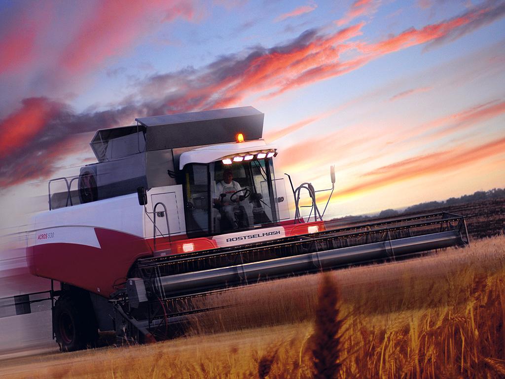 Российские инженеры разработали автопилот для зерноуборочных машин