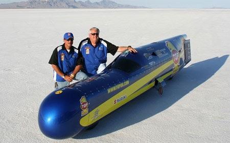 Сигаровидный гипербайк хочет развить рекордную скорость в 640 км/ч