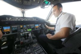 Впервые Узбекистан начнет готовить пилотов гражданской авиации
