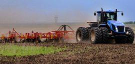 Полевую сельхозтехнику могут освободить от ОСАГО