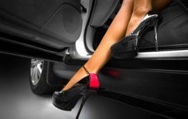 Эксперты выяснили, какая обувь является самой опасной для вождения