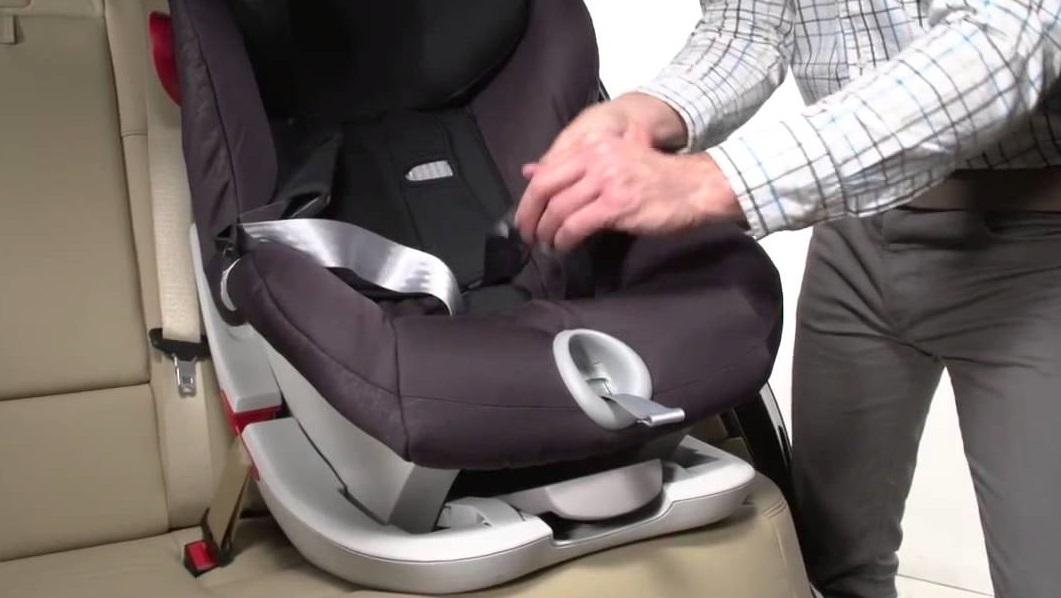 Как выбирать детское автомобильное кресло