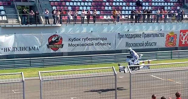 Полет российского летающего мотоцикла HoverBike S3