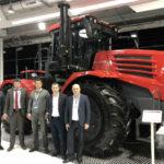 Кировский завод представил в Ганновере два новых трактора