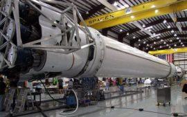 Двигатель ракеты Falcon 9 взорвался во время тестов
