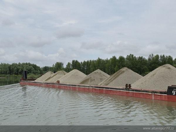 В Алтайском крае объем речных грузоперевозок за три года вырос более чем в 5 раз - до 830 тыс. тонн